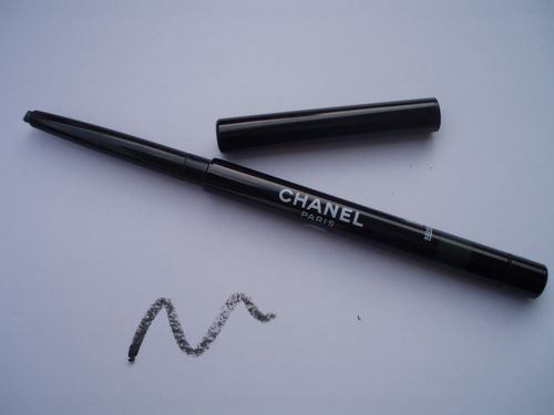 Chanel-stylo-yeux-waterproof-celadon